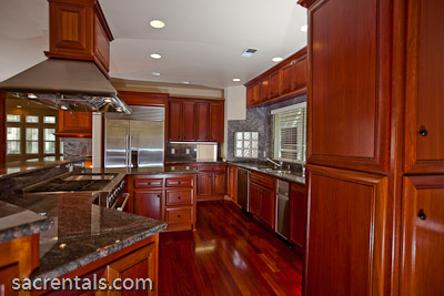 Kitchens with brazilian cherry floors pictures to pin on for Brazilian cherry kitchen cabinets