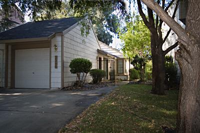 Rental Houses In Elk Grove With A Bonus Room