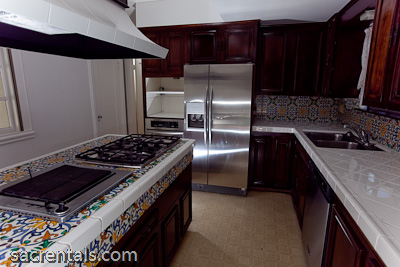 2725 Florence Place Curtis Park 95818 For Rent East