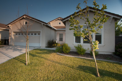 'rental house rental natomas sacramento' from the web at 'http://www.sacrentals.com/goinside/5855-bridgecross/pic1.jpg'