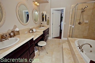 Finest His And Hers Vanities Makeup Vanity Jetted Spa Tub Marble Wall  Travertine Floors With Bathroom Vanities With Makeup Area.